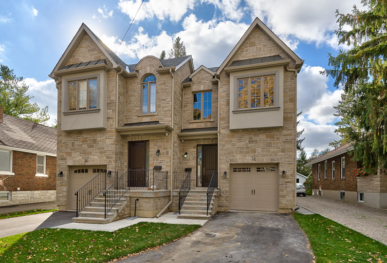 32 wesley mississauga ontario lima architects inc for Custom home designs ontario